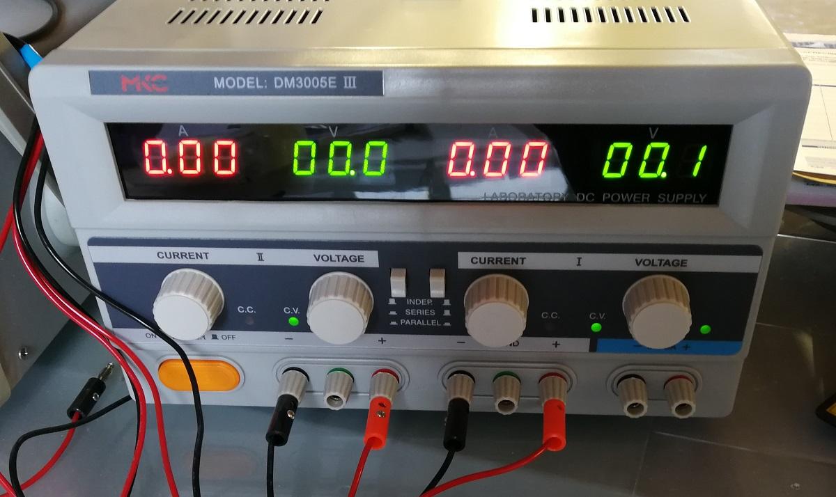 Tester Alimentazione Produzione Lampade LED